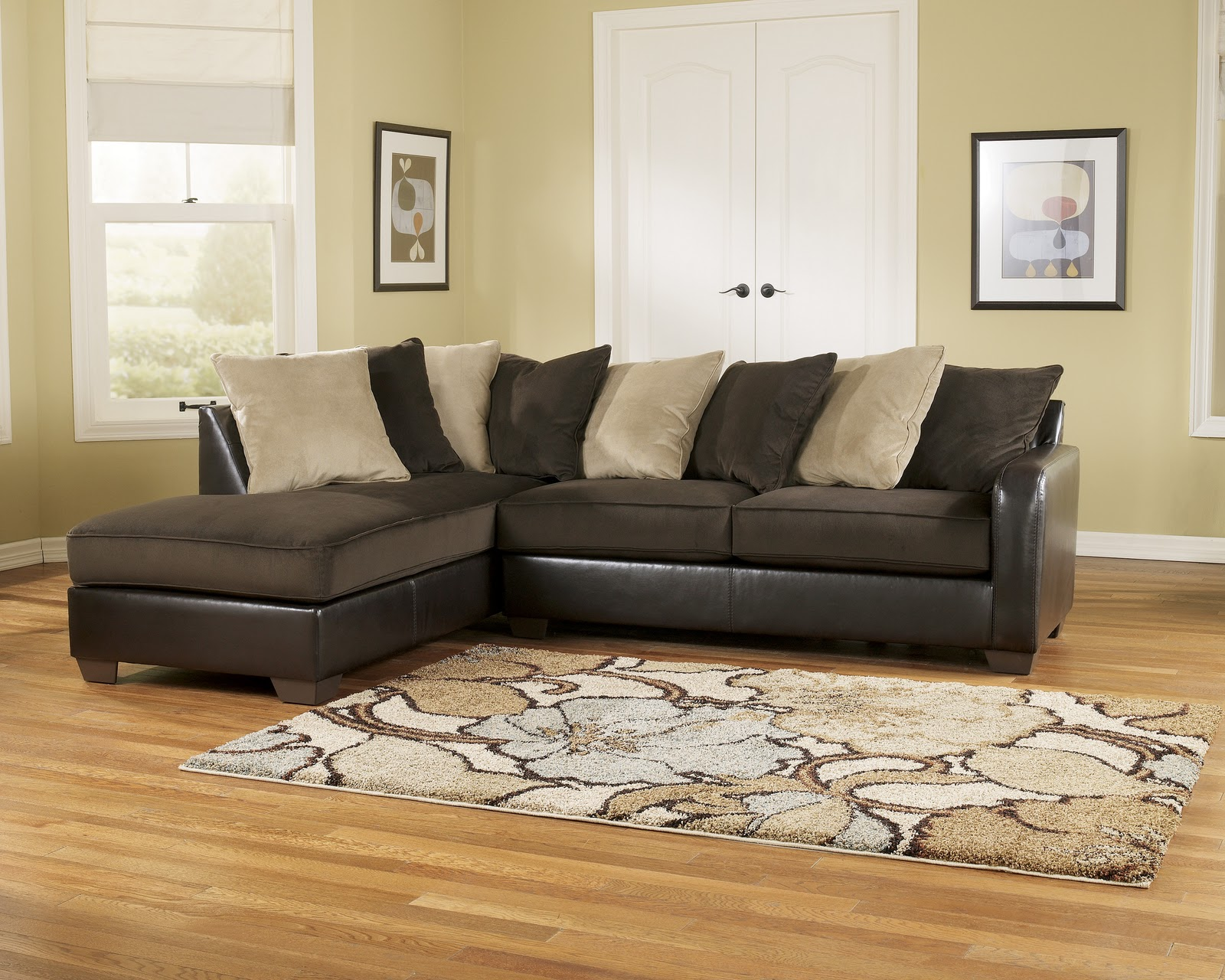 Living Room | Royal Furniture Outlet
